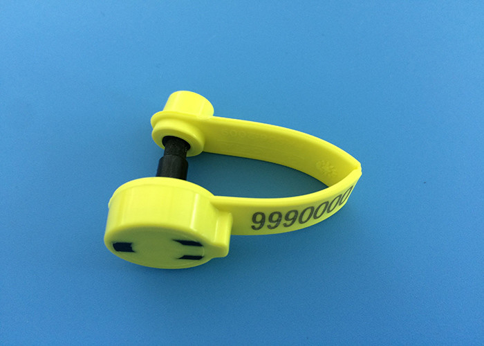 RFID Wrap Around Sheep Ear Tags , TPU Sheep Identification Tags ISO Listed